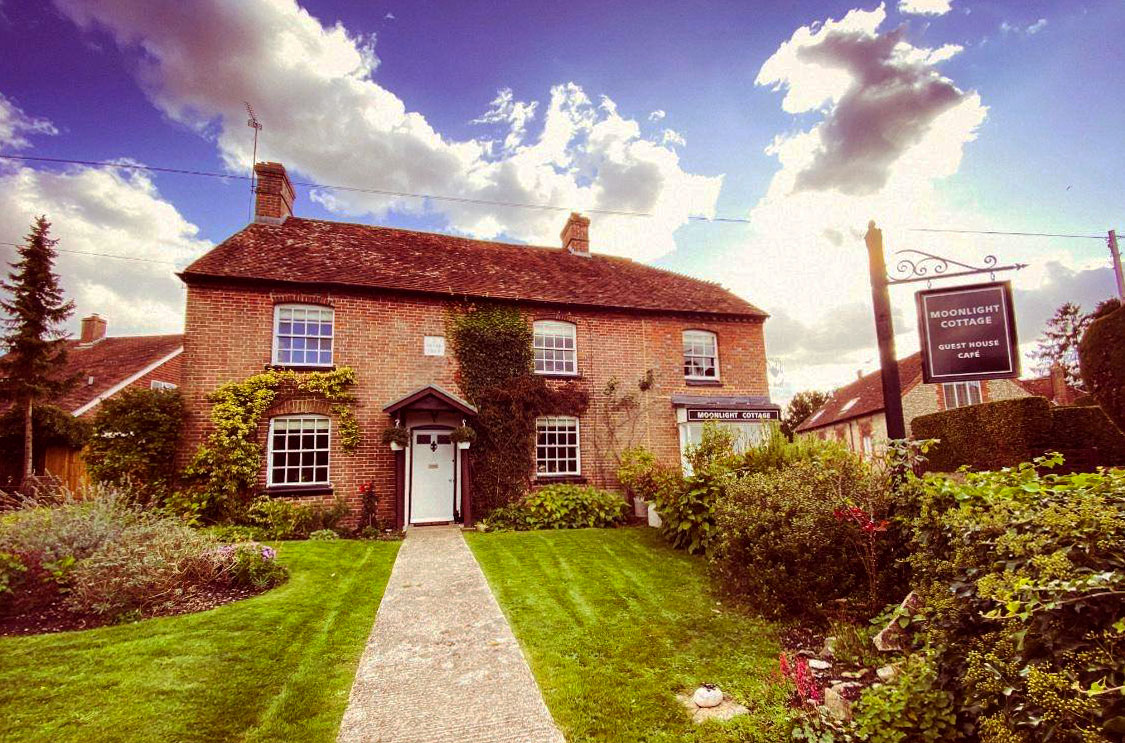 Moodlight Cottage Guest House - Cocking, West Sussex